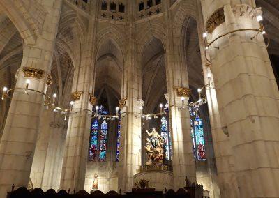 lámparas latón Catedral Santa María Vitoria